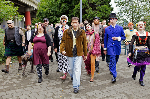 "Friday: Watch Portlandia Episode 5 - ""Blunderbuss"" Music & Film Festival 