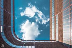 Zollverein (Lars Gusek) Tags: architecture germany deutschland essen nikon wolken lars unesco architektur nrw ruhrgebiet nordrheinwestfalen zollverein zeche zechezollverein worldheritage ruhrpott industriekultur katernberg stadtessen d7100 stoppenberg nikond7100 gusek larsgusek zechezollverein2014
