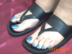azul metal (101) (sandalman444) Tags: male men feet sandals painted polish pedicure toerings longtoenails