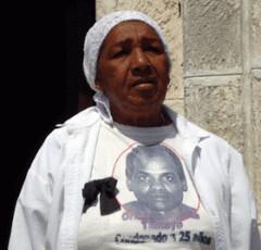 Dama-de-Blanco-Reyna-Tamayo-de-Miriam-Leiva-300x288