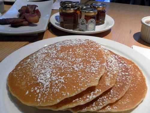 breakfast-lilys-1