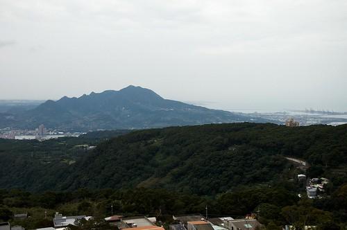 清天宮步道上眺望觀音山
