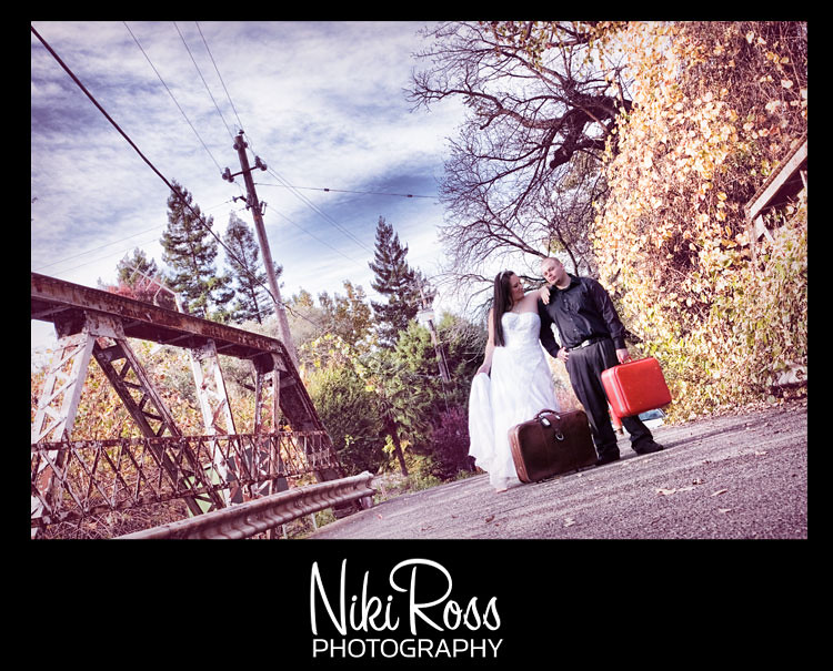 bride&groom-bridge-vaca