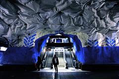 Tunnelbana [T-Centralen] (mimmopellicola) Tags: underground subway metro schweden tube sverige stokholm sucia estocolmo swede tunnelbana tcentralen zweden  sude tukholma rootsi estocolm  szwecja ruotsi metr  suedia sucia  isve    sv