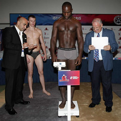 Istanbulls v Paris United Weighing Ceremony (World Series Boxing) Tags: turkey boxers istanbul boxing boks parisunited presentationoftheworldseriesofboxingistanbul weighingceremony ludovicgroguhe