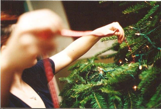 Decorating the Christmas Tree (2)
