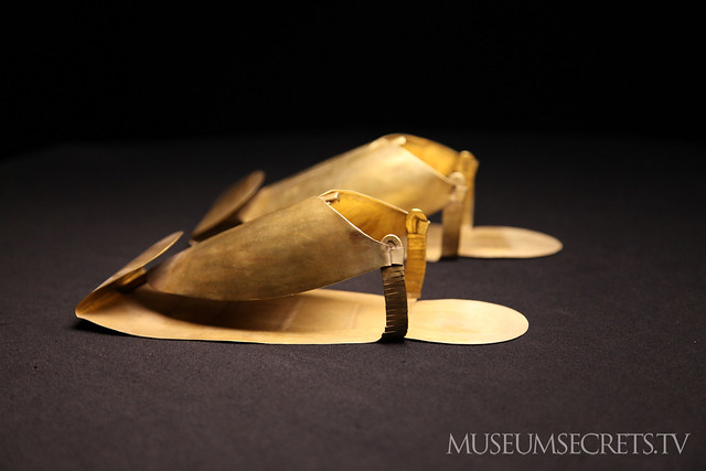 Gold shoes in the treasures of Tanis collection