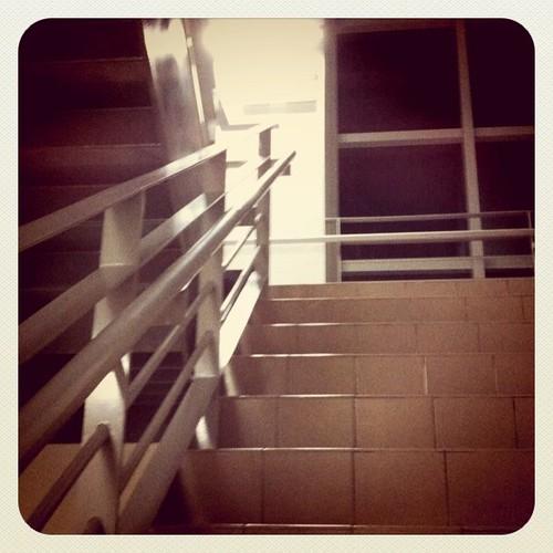Stage 1: 爬樓梯