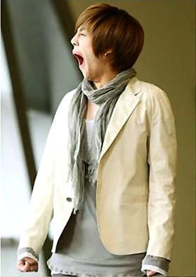 Kim Hyun Joong Yawning 3