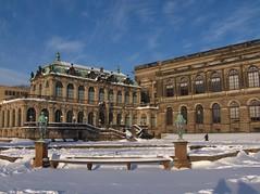dresden_121 (Torben*) Tags: schnee snow geotagged dresden zwinger panasonic fz50 rawtherapee geo:lat=5105344365377248 geo:lon=13734012089618671