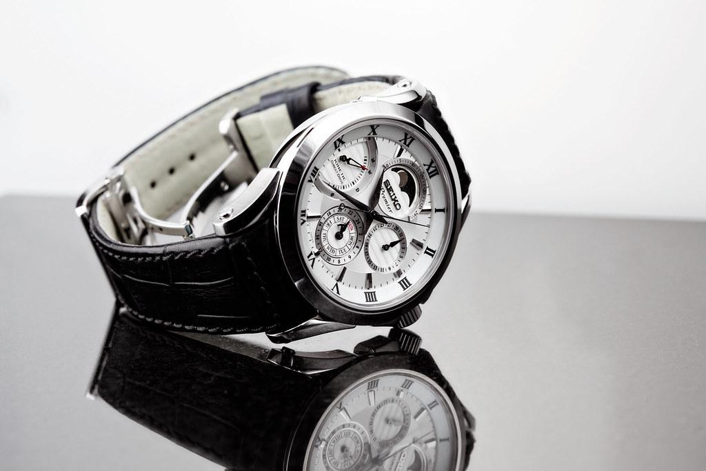 Вы знаете о часах , которые заряжаются с помощью кинетической энергии движения?