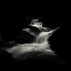 water dance (nlwirth) Tags: longexposure monochrome negativespace waterfalls yup f22 cataractfalls mounttamalpaisstatepark 16seconds nondfilter marincountyca nlwirth zeiss2470mm yyyyup
