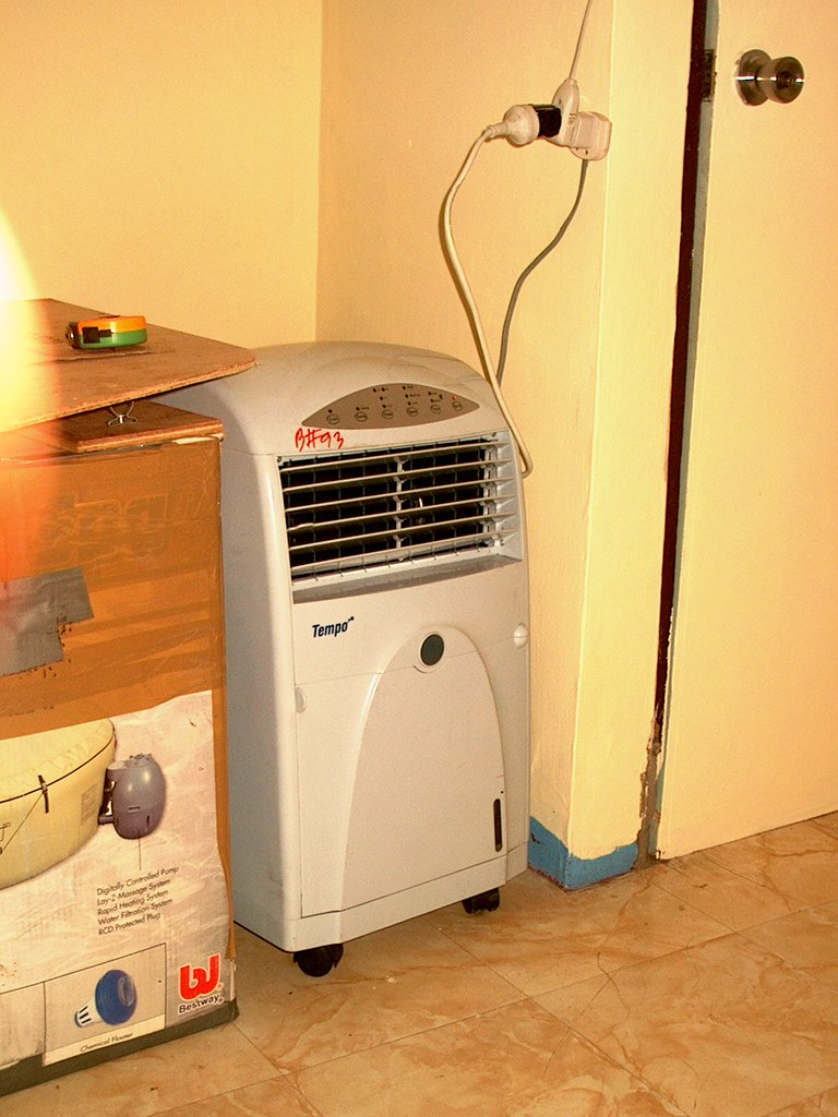 "At last, we have ""Air-Con."" !!"
