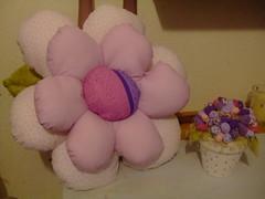 Almofada em forma de flor (Irene Sarranheira) Tags: fuxico decoraçãoinfantil passoapasso quartodebebé almofadasemformadeflor