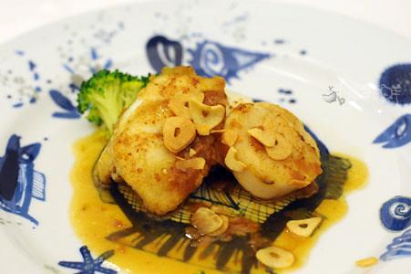 香煎北海道干貝、蘇眉魚