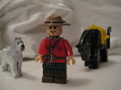 mountie4 (chicgeekuk) Tags: christmas horse toy lego south craft mini gift figure rcmp minifig due mountie minifigure diefenbaker caolan