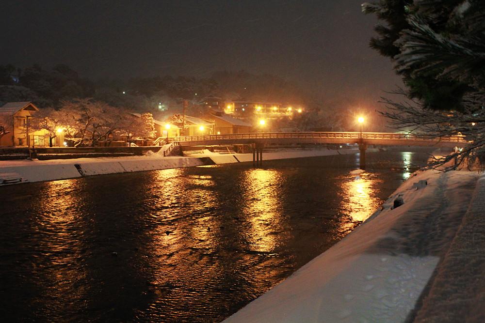 冬の浅野川 梅の橋夜景
