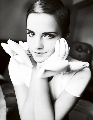 emma watson vogue 2010. emma-watson-uk-vogue-nov-2010-adds-02. elegant emma watson. i take no credit obviously