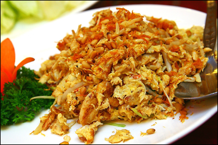 fried-egg-with-crab