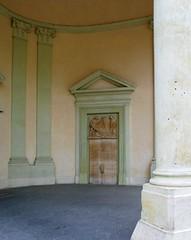 Prague (AquaZeiss) Tags: prague praha czechrepublic europe piller door entrance