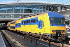 NS DDZ 7645 te Utrecht CS (erwin66101) Tags: ns ddz nsddz nid 7453 naar rhenen sprinter station utrecht cs centraal utrechtcentraal utrechtcs vertraging