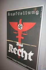 Das Recht (quinet) Tags: 2013 allemagne ausstellung dasrecht deutschland germany hakenkreuz munichstatemuseum mnchen nsdap plakat rassismus stadtmuseummunich affiche nazi poster racism racisme svastika swastika munich bavaria