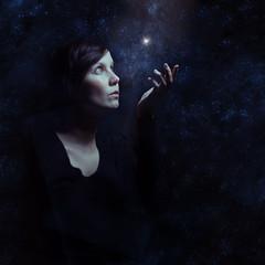 one wish (una.knipsolina) Tags: light portrait woman photoshop self stars frau sterne bildbearbeitung knipsolinade