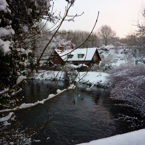 Chilham in the snow ~ mill pond