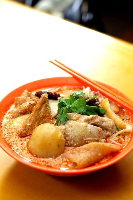 Golden Mile Curry Noodles 011