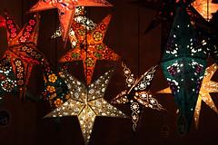December Eleventh. (redaleka) Tags: stars lights flickr shapes estrellas lanterns starry threehundredsixty decembereleventh