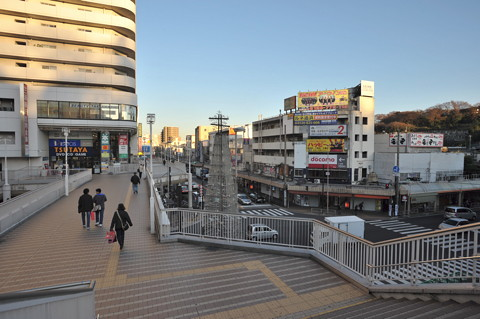 追浜の鷹取商栄会商店街