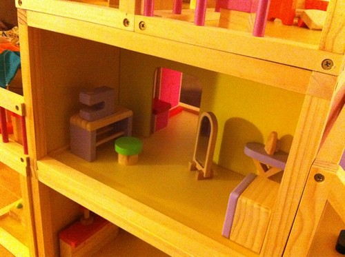 Pearl's dollhouse craft room