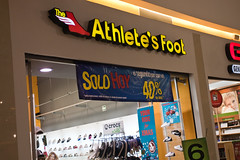 (Erik B) Tags: mall mexico merida athletesfoot theathletesfoot