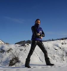 IMGP0031 (Karhu1) Tags: schnee snow shiny jacket nylon snowsuit jacke overall skianzug