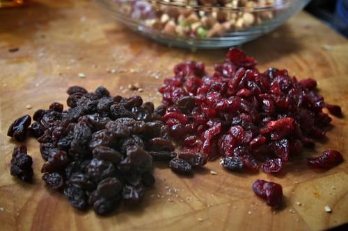 raisins & craisins