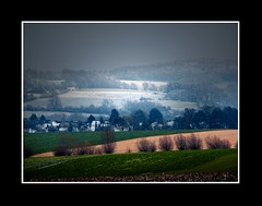 Landschap (Theo Kelderman) Tags: holland netherlands sneeuw nederland boom landschap 2010 zuidlimburg landerijen theokeldermanphotography indebuurtvanvijlen