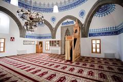 Interior of Kurunlu amii_4359 (hkoons) Tags: turkey asia muslim islam mosque mideast anatolia erzurum kurdish kurd asiaminor easternturkey kurunlucamii feyziyecamii kursunlucamii seyhlislanmcamii
