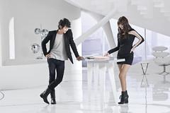[フリー画像] 人物, カップル・恋人・夫婦, オフィス, ビジネス, 韓国人, 201103100900