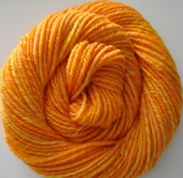 SAG-Falkland-Ode to Sunflowers-left over-navajo plied-58yds-1.1oz