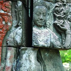 111026 Face Falling out (BavarIndia) Tags: asia tika