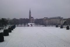 Un peu de neige à la cité internationale universitaire