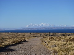 Andes & Titicaca (fdo_ambriz) Tags: blue sky mountain lake mountains peru titicaca water azul inca landscape lago agua desert bluesky paisaje cielo andes desierto juli andino montañas altiplano incas puno nevadas andina cieloazul