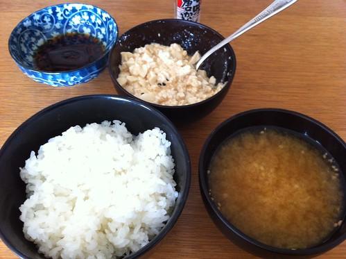 豆腐ぶっかけ丼