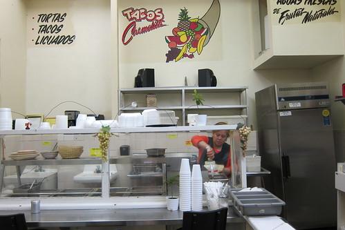 Tacos Carmelita: Interior