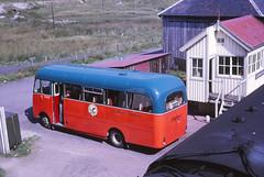 Highland Omnibuses CD7 Achnasheen (Guy Arab UF) Tags: bus buses station bedford scotland highlands scottish midland 1964 rossshire achnasheen cd7 duple highlandomnibuses vas1 wst506