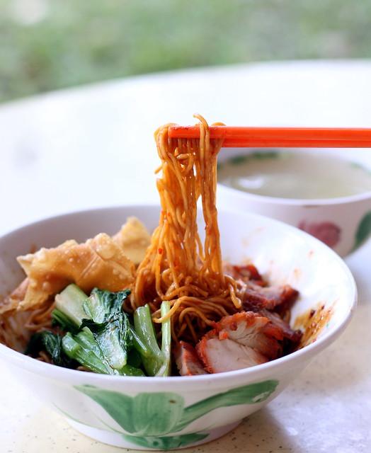 Pontian Wanton Mee: Noodle