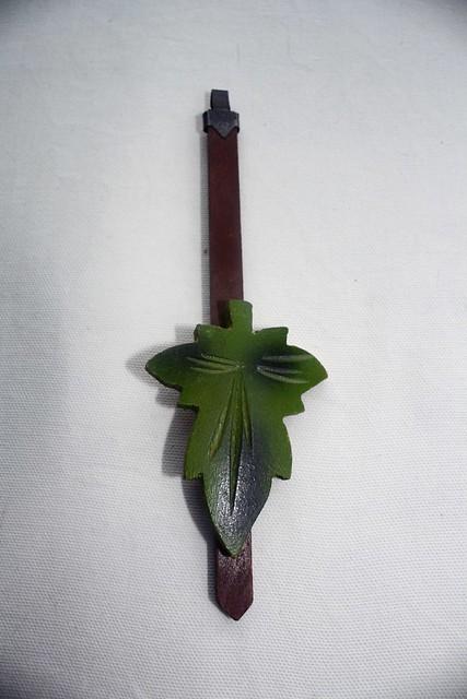 leaf pendulum