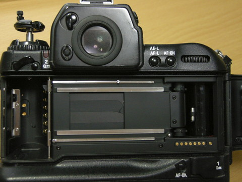 Nikon F5 のシャッター幕