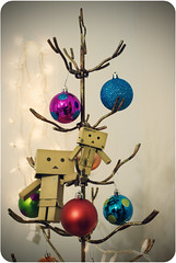 That's Better (Lucy*Lou) Tags: christmas mini ornaments playingaround danbo wiretree danboard