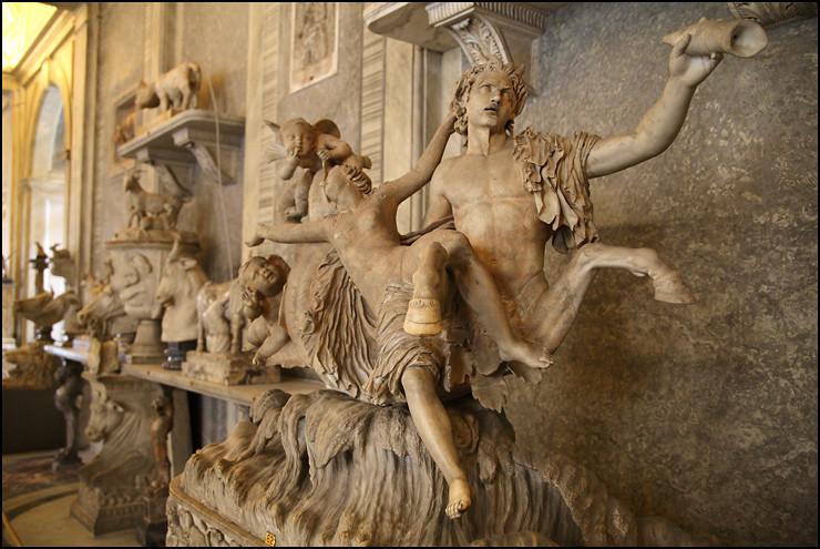 museum-statue-2